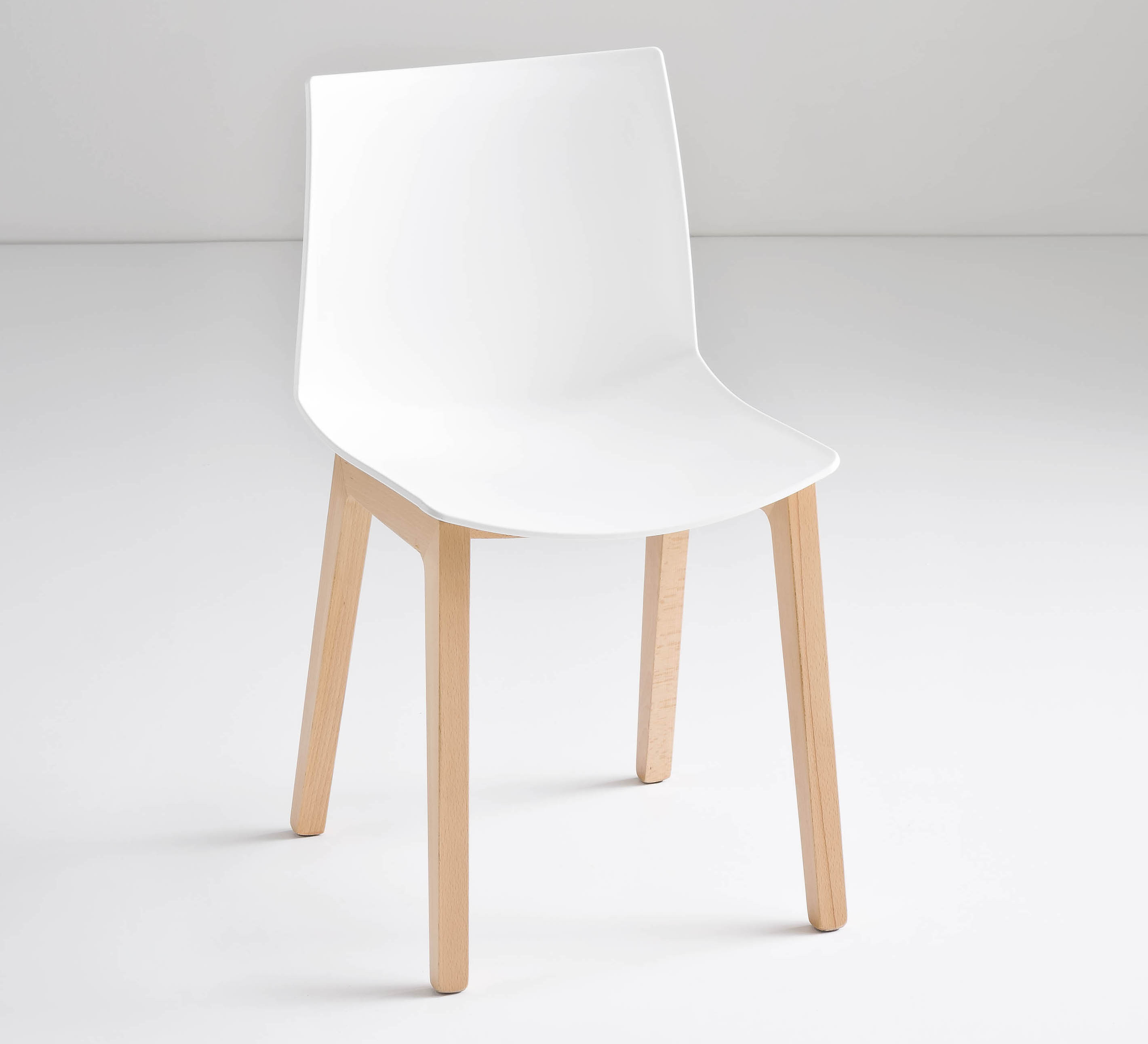 Kanvas Chair Beech Leg