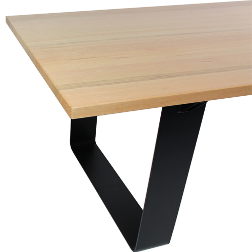 Industrie Table – Metal Loop Base